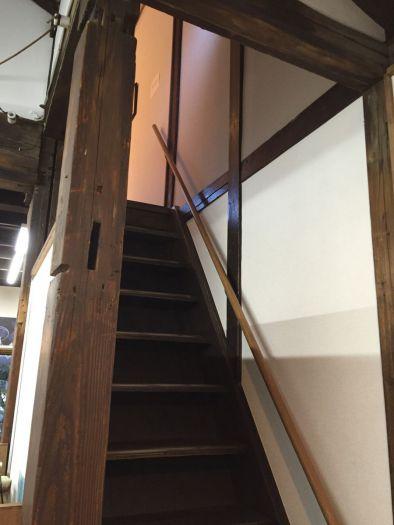 『階段をのぼる』